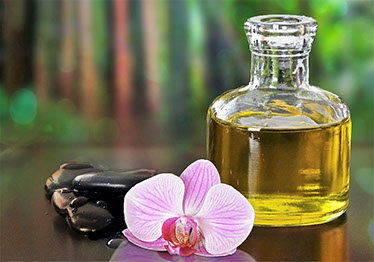 hot stones massage orchid and oil